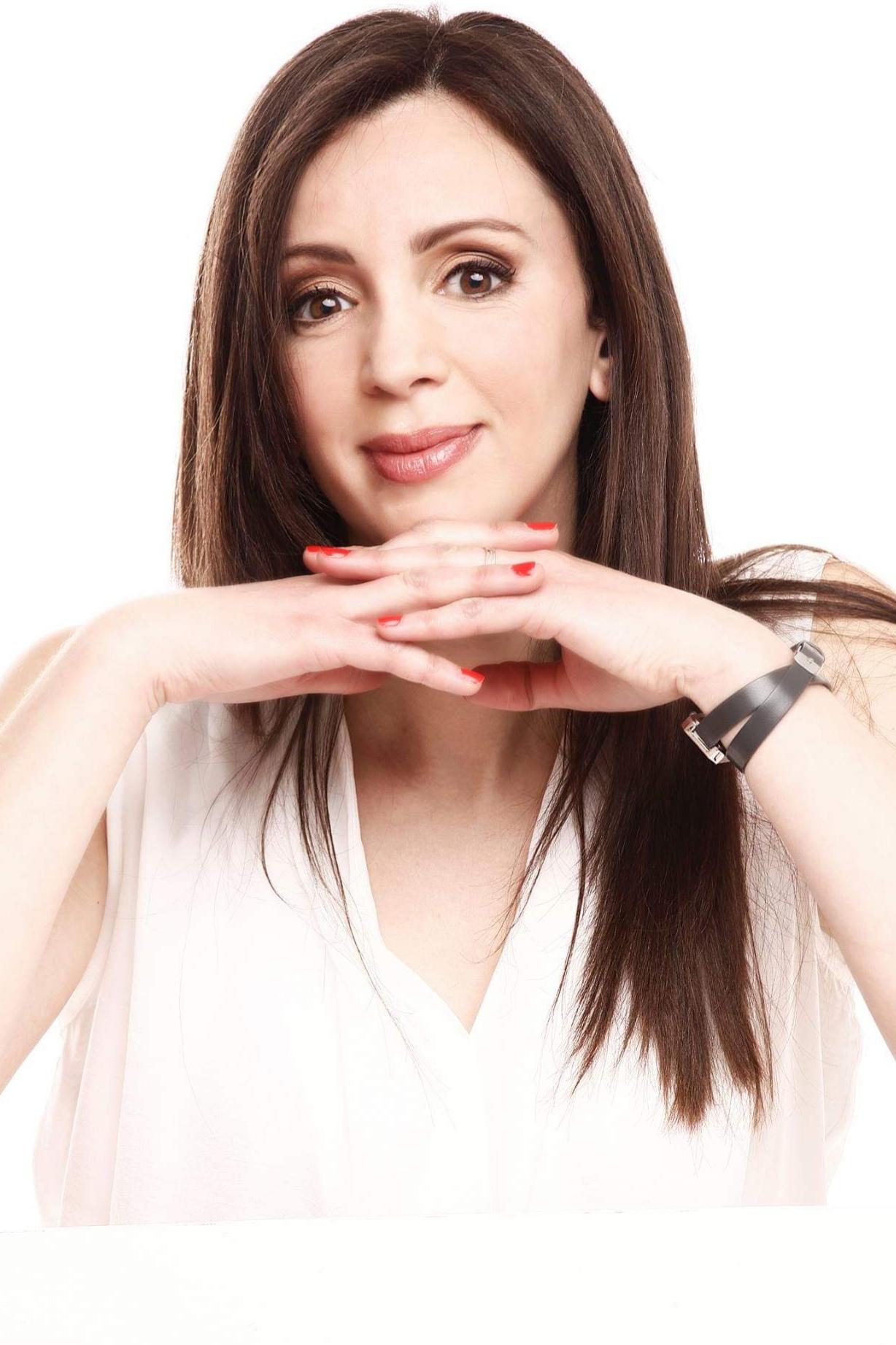 BEZAZ Leila